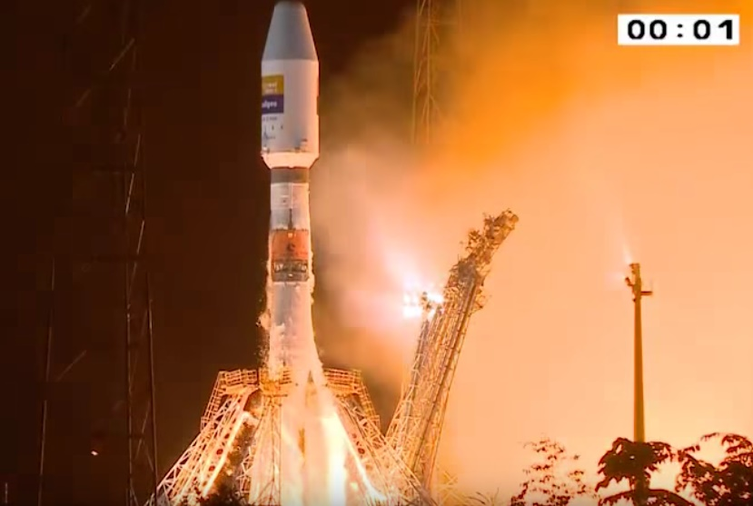 Arianespace launches Hispasat 36W-1