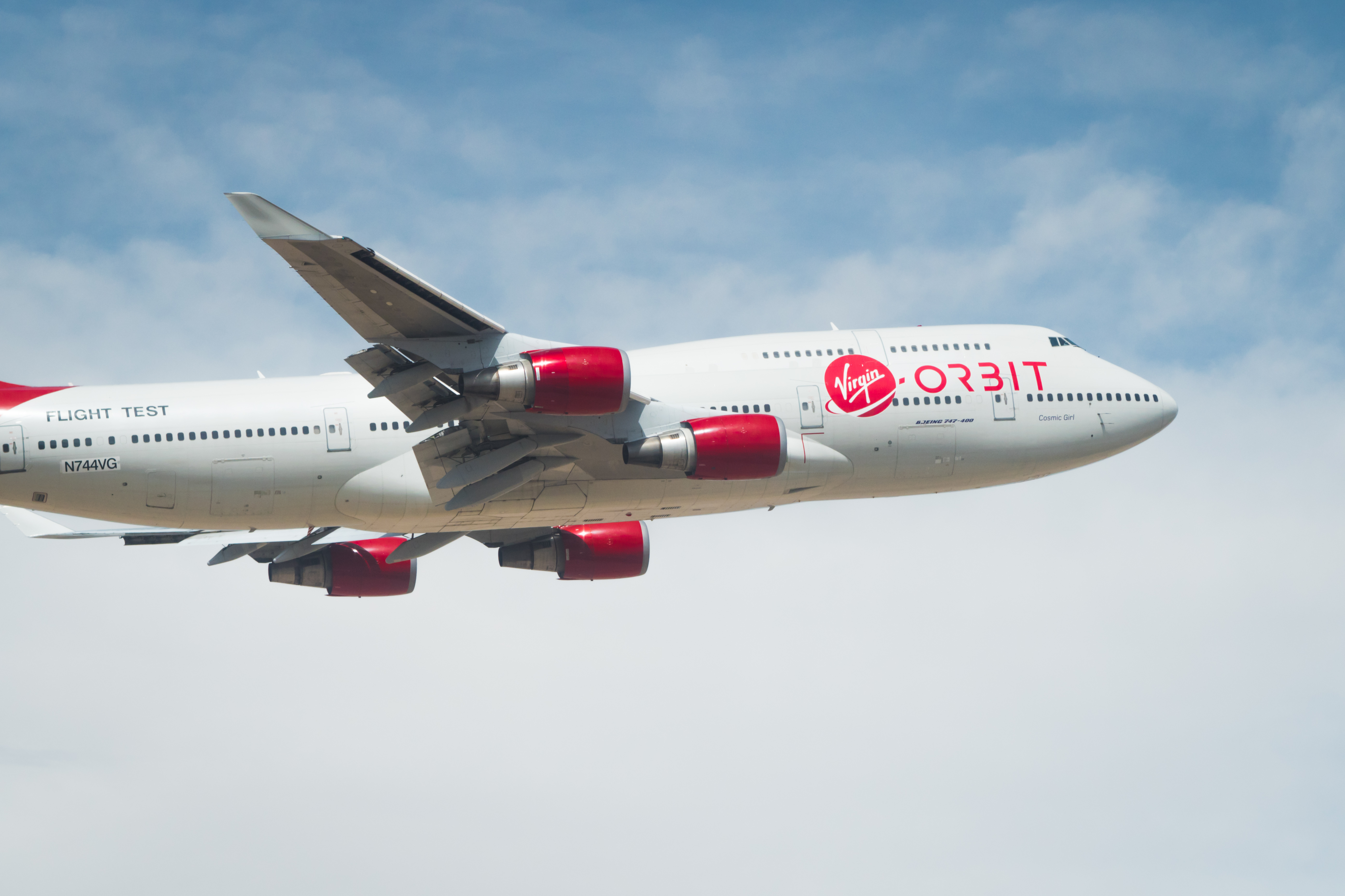 Virgin Orbit launches 9 satellites